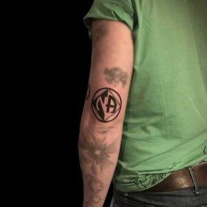 Mad Science Tattoo Den Haag Bee Na blackwork