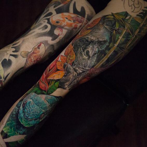 Mad Science Tattoo Den Haag Leslie Reesen Full color animal leg piece